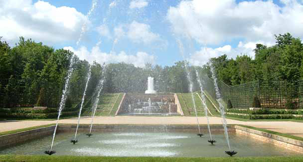 Don 39 t miss in the gardens welcome to the palace of versailles for Jardin chateau de versailles